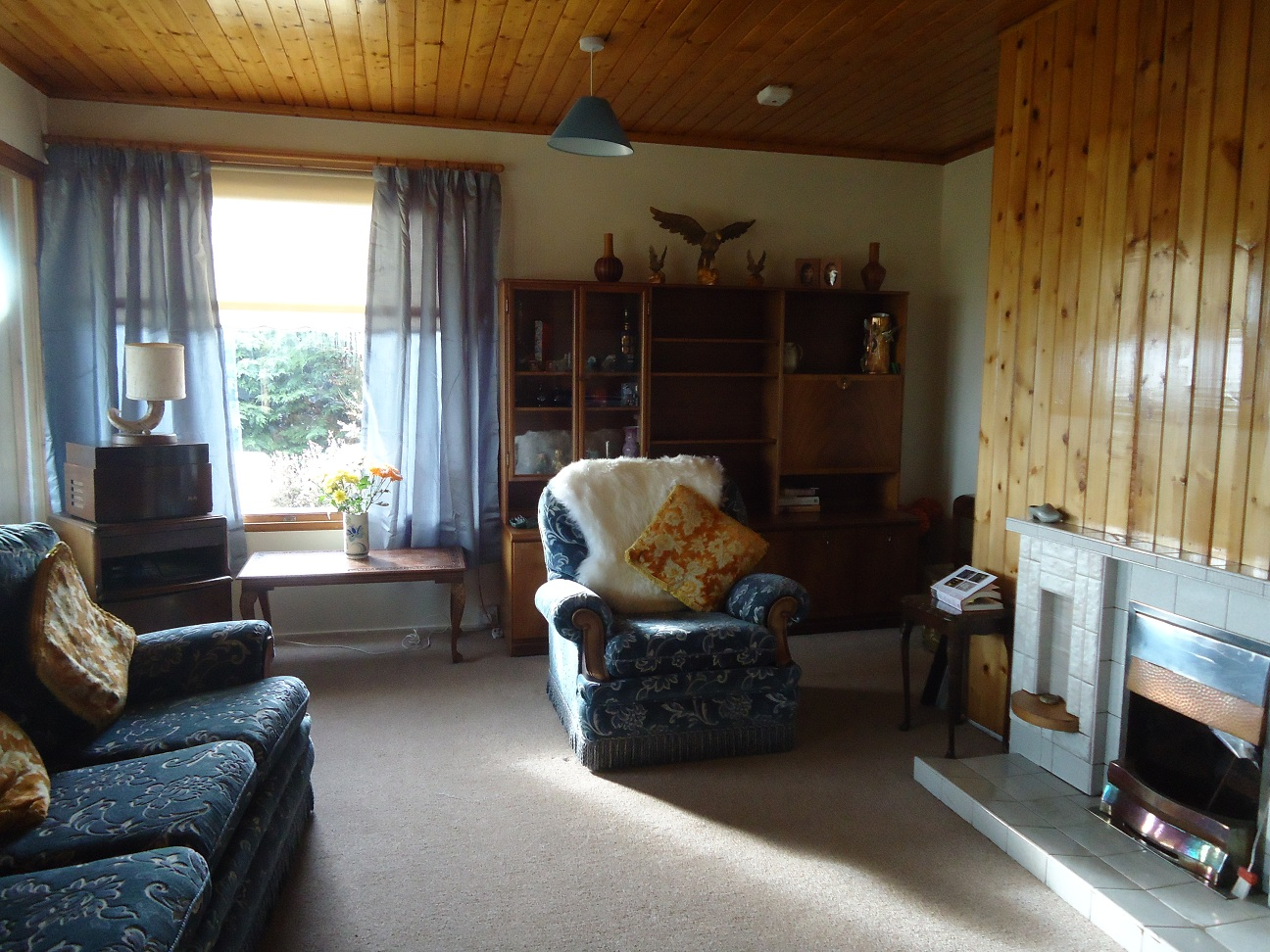 The cosy and homely living room